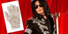 Michael-Jackson-Handschuh für 112.000$ versteigert