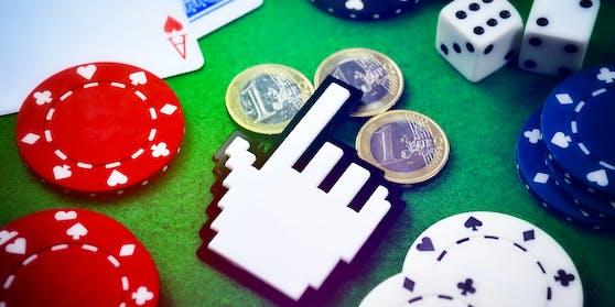 Computercursor auf einem Spieltisch. Symbolfoto
