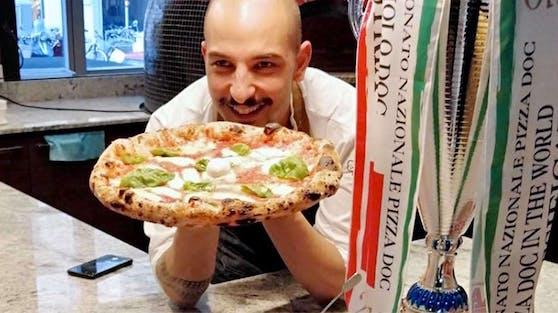 """Im Jahr 2019 wurde Francesco Calò zum Pizza-Weltmeister erklärt. Jetzt wurde sein Lokal""""Via Toledo Enopizzeria"""" zur zweitbesten Pizzeria in Europa gekührt."""