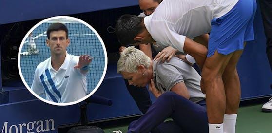 Novak Djokovic trifft die Linienrichterin.