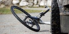 92-jährige Lenkerin erfasst mysteriösen Radfahrer