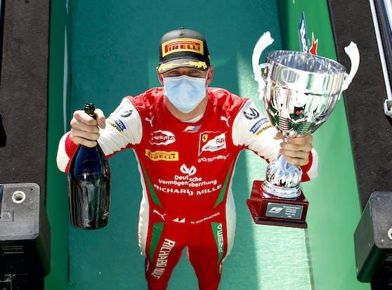 Mick Schumacher liegt an der Spitze der Formel 2.