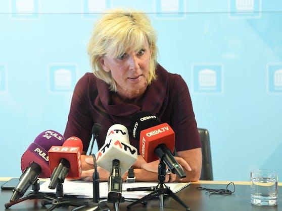 Gaby Schwarz (VP)