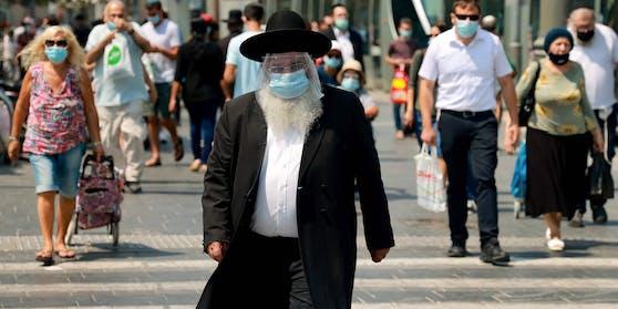 Aufgrund der hohen Corona-Zahlen hat die israelische Regierung einen zweiten Lockdown beschlossen.