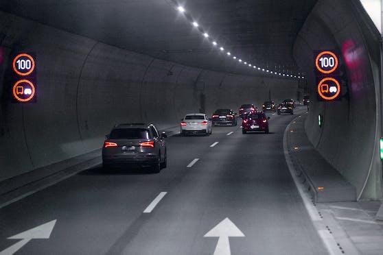 Im Pfändertunnel ereignete sich ein schwerer Unfall.
