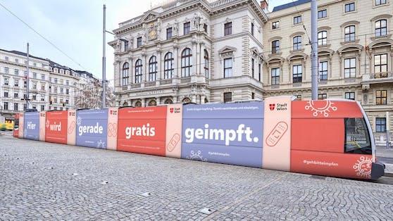 Die Impf-Bim ist ab Oktober an sechs Standorten in Wien unterwegs.