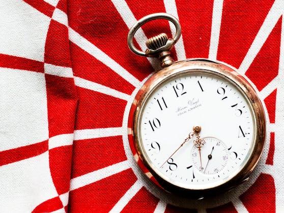 Eine Taschenuhr (Symbolbild)