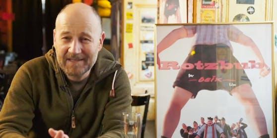 """Roland Düringer ist einer von vielen prominenten Sprechern im Deix-Film """"Rotzbua""""."""