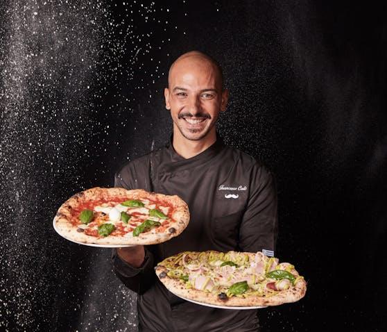 """Francesco Calòs Spezialität in der """"Via Toledo Enopizzeria"""": Dieneapolitanische Pizza, weich und mit albhohen Rand."""
