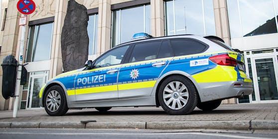 Die Polizei in Essen ermittelt die Hintergründe der unfassbaren Tat. (Symbolbild).