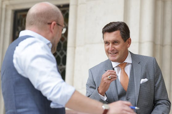 """Wirtschaftsstadtrat Peter Hanke (SPÖ) im Gespräch mit """"Heute""""-Wienchef Claus Kramsl"""