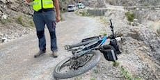 Tödlicher Radfahrer-Absturz gibt Polizei Rätsel auf