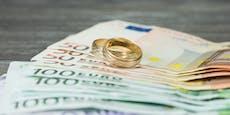 Bande vermittelt um 10.000 € Scheinehen für AMS-Betrug