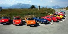 """Ferrari """"Dino's"""" auf der Ruine Aggstein"""