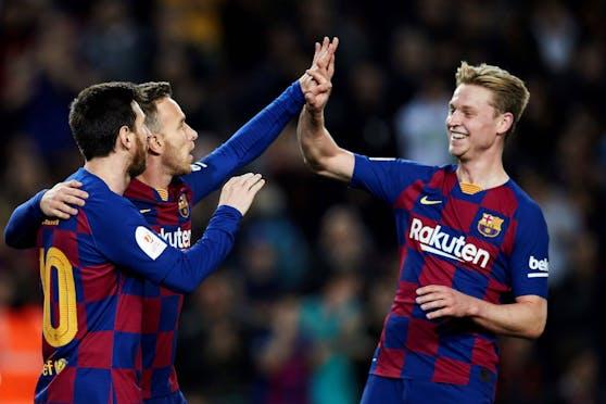 Frenkie de Jong berichtet vom Messi-Chaos bei Barca.