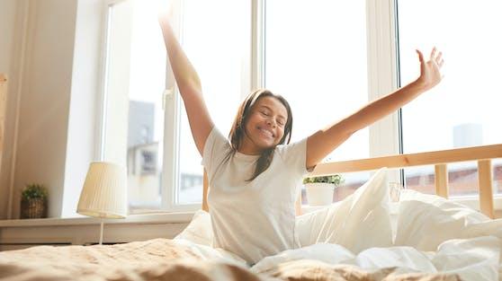 Mit einigen Tricks kommst du leichter aus dem Bett.