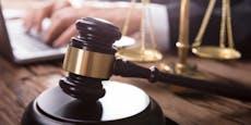 Kärntner (40) hortete NS-Devotionalien – 3 Jahre Haft