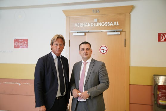 Alexander Philipp (l.) und Mirsad Musliu (r.) vor Gericht