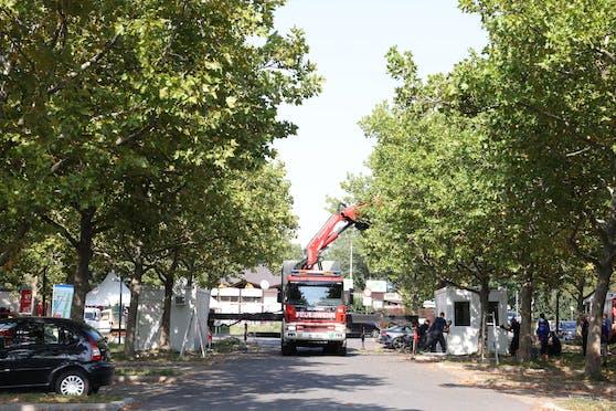 Auf der Donauinsel laufen die Vorbereitungen für eine zweite Covid-Teststraße.