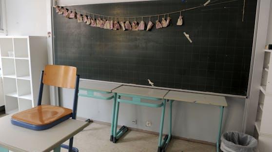 Erste Stadt in Bayern schließt wegen Corona alle Schulen.