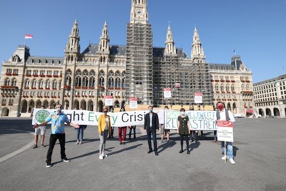 Klima-Aktivisten mobilisieren für die Demo am Freitag.