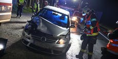 VW-Fahrer krachte völlig besoffen in Anhänger