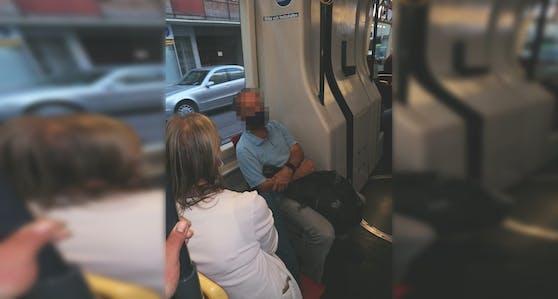 Das Pärchen wollte der hochschwangeren Wienerin keinen Sitzplatz geben.