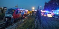 Rauch im Triebwagen, 25 Fahrgäste aus Zug evakuiert