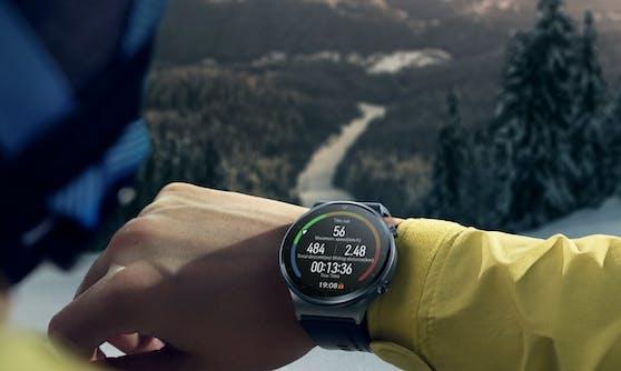 Huawei Watch GT Pro bietet Trackingoptionen auch für Sportarten wie Ski- und Snowboard