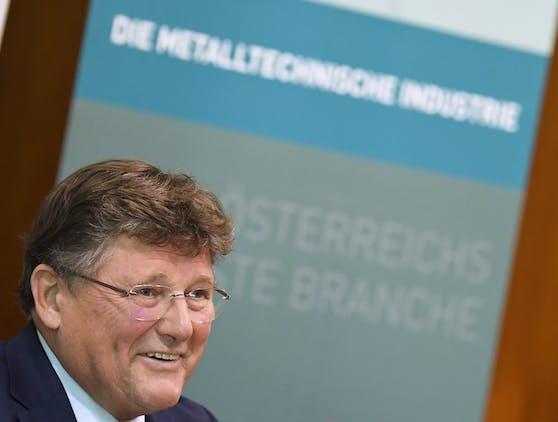 Hat leicht lachen: PRO-GE Chefverhandler Rainer Wimmer nach den Metaller-KV-Verhandlungen.