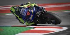 Rossi wirft möglichen Sieg im Jubiläumsrennen weg