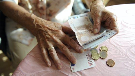 Bezieher kleiner Pensionen bekommen um 3,5 Prozent mehr.