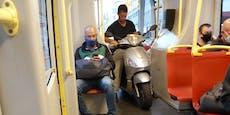 Wiener ohne Maske aber mit Motorroller in Bim unterwegs