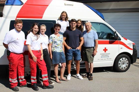 Jonas, Jana und Laura retteten ihrem Opa Ludwig (62) das Leben..