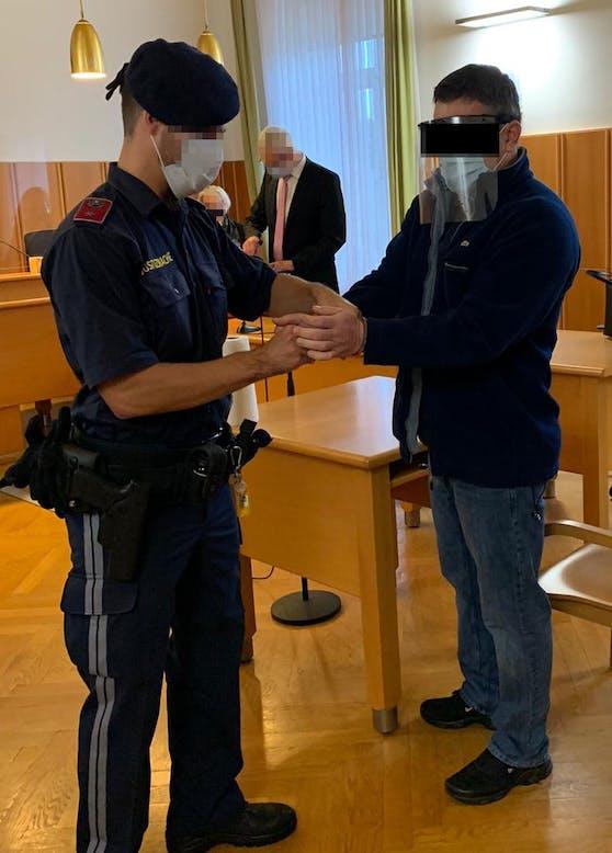 Angeklagter Serbe (49)