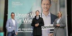 Neue Plakate — jetzt lächelt Blümel in ganz Wien