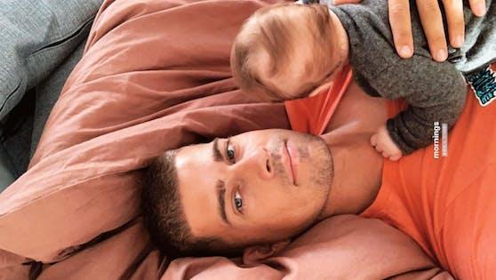 Die kleine Zoe ist der ganze Stolz von Neo-Papa Dustin Schöne.