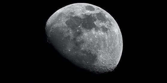 So ruhig ist der Mond nicht immer.