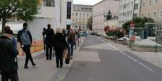 Menschenschlange vor Linzer Spital: Das war der Grund