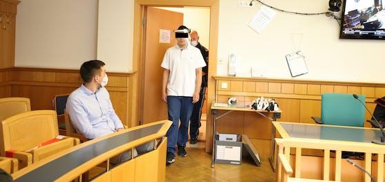 Der wilde Randalierer blieb vor Gericht ruhig.