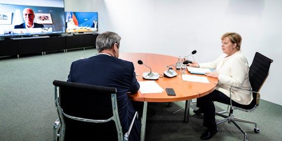 Merkel einigte sich mit Ländervertretern auf weitere Maßnahmen gegen Corona.