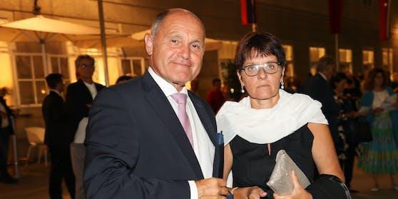 Wolfgang Sobotka mit Ehefrau Marlies bei den Salzburger Festspielen vergangene Woche.