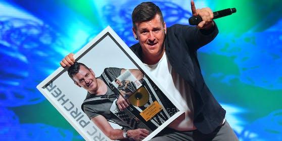 """Im Oktober 2019 erhielt Marc Pircherfür sein Album """"Hörst du mein Herz?"""" einen Gold-Award"""