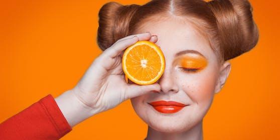 Orangen in der Dusche zu essen, kann dir nicht nur eine Geschmacksexplosion bescheren, sondern auch eine neue Ebene des Bewusstseins eröffnen.