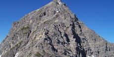 Wanderer rutscht aus, stürzt 100 Meter in den Tod
