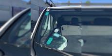 Wiener legt kaputte Scheibe mit Parkpickerl ins Auto