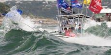 Mehrere Boote saufen bei Trump-Parade ab