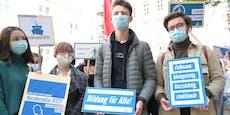 Schüler protestieren gegen Faßmanns Corona-Paket