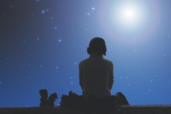 """Je nachdem, wie entwickelt das """"Sternleben"""" bereits ist, kann es für uns extrem schwierig werden, die Prozesse und Ausmaße dieses besonderen Lebens nachzuvollziehen."""