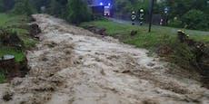 Gewitter mit Starkregen hielten Einsatzkräfte auf Trab